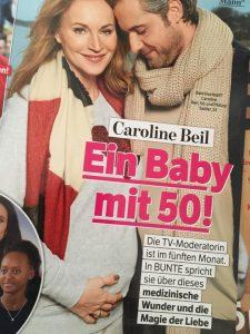 Bunte Caroline Beil Ein Baby mit 50